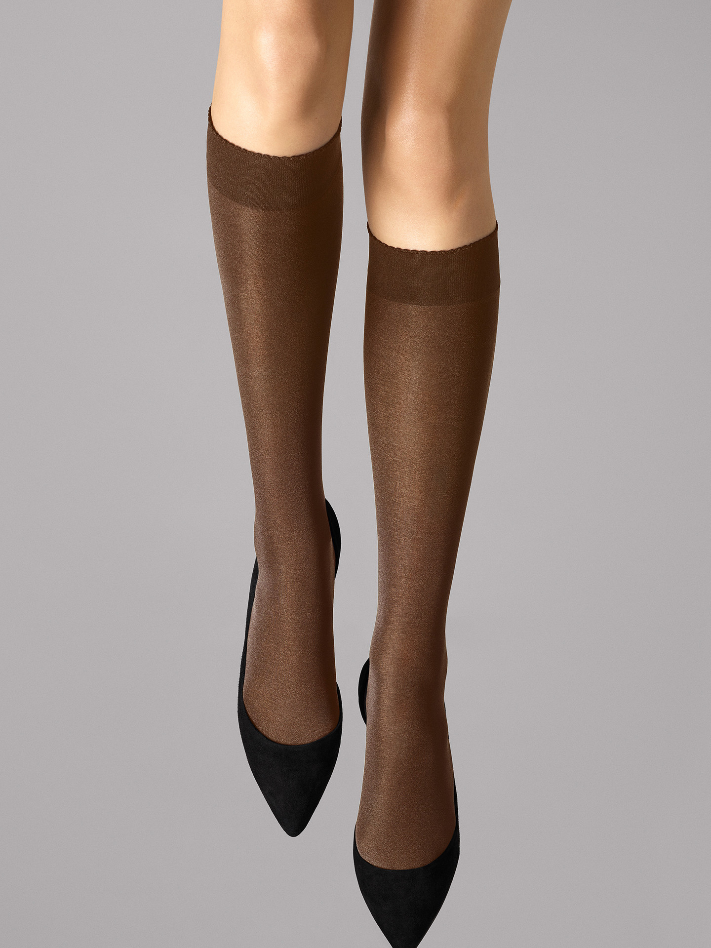 WOLFORD 30923 Velvet de Luxe 50 Knee-Highs