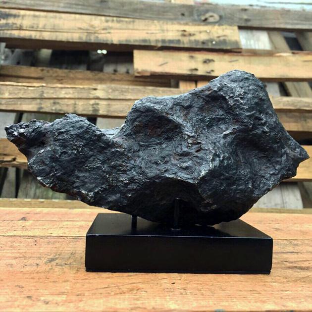 Campo Del Cielo  8in 6lb Meteorite
