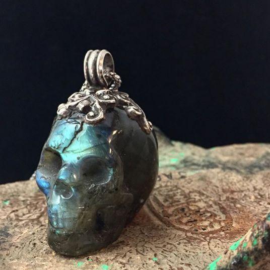 Labradorite Pirate's Skull Carved Pendant 28-30mm