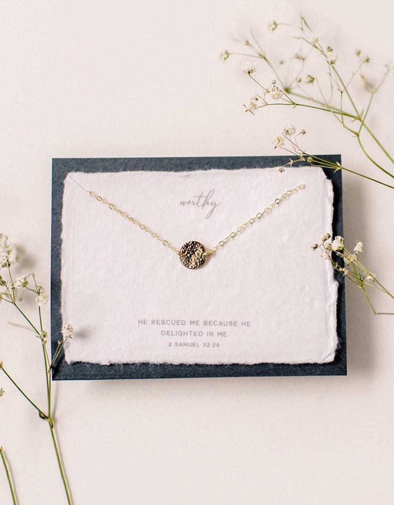 Dear Heart Worthy Necklace - Gold