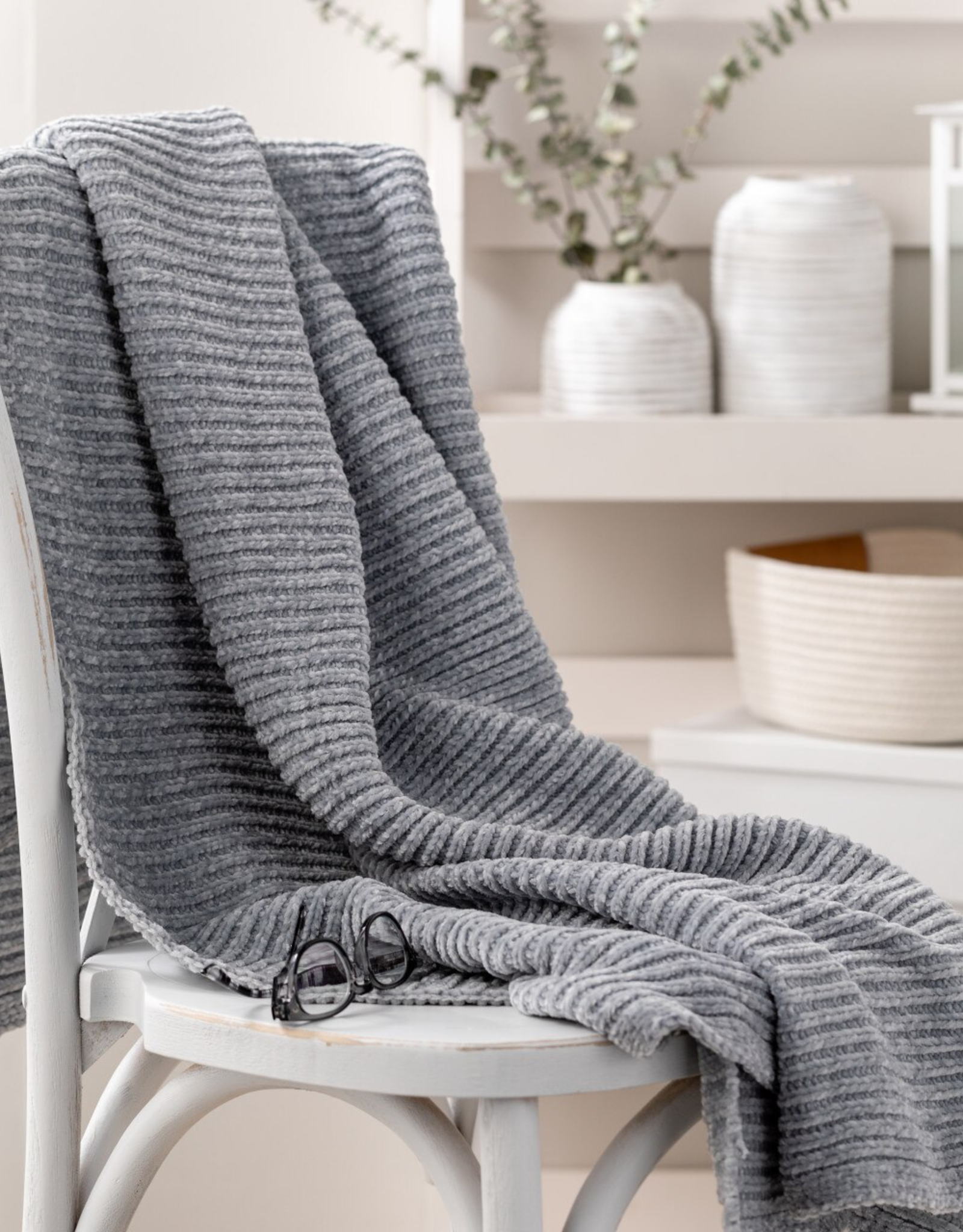 Chenille Throw Blanket - Gray
