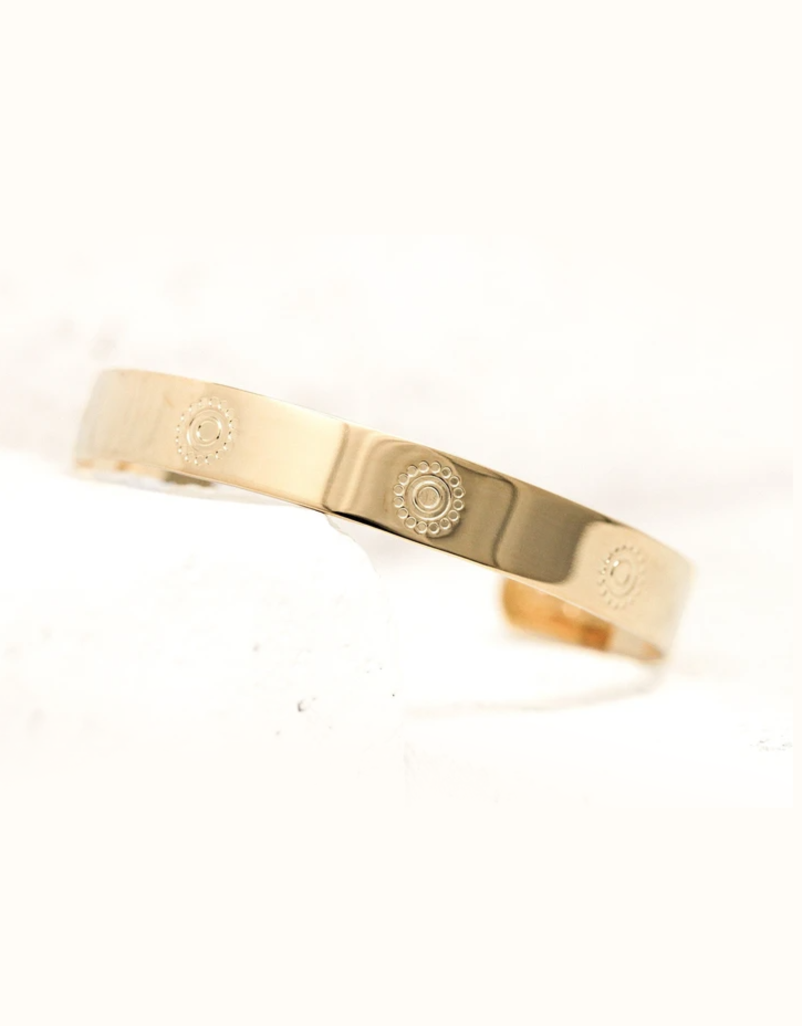 Pieces of Me Confident Cuff - Gold