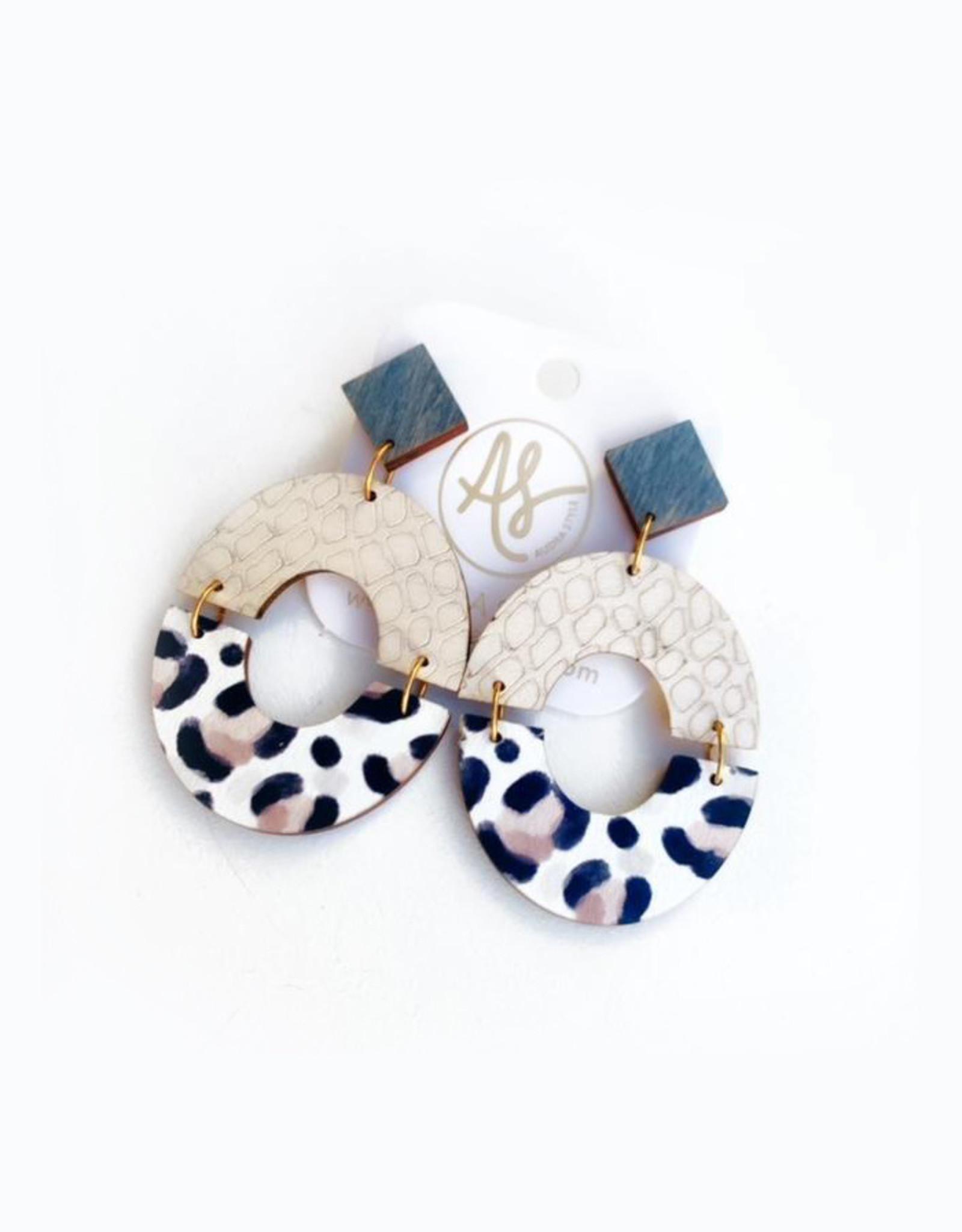 Audra Style Amanda Earrings - Taupe Cheetah