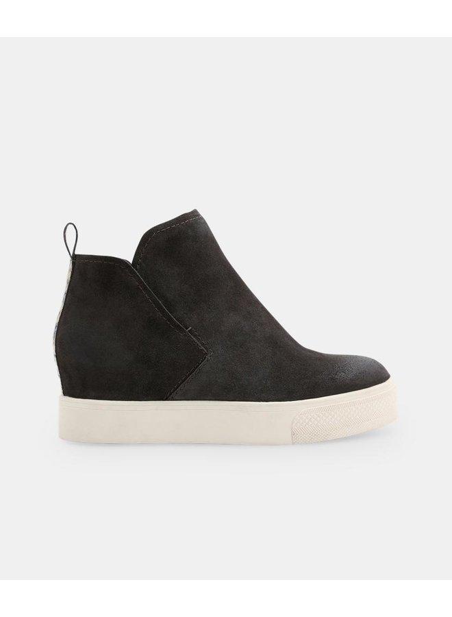 Walker Sneaker
