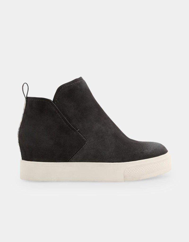 Dolce Vita Walker Sneaker