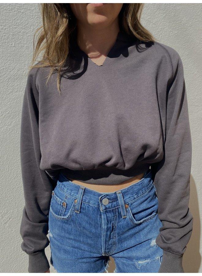 Notched Cropped Sweatshirt Vintage Black