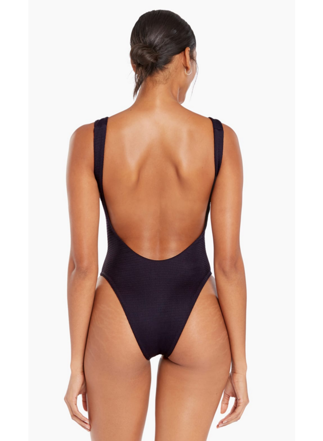 Reese One Piece Black