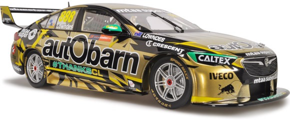 Diecast CLASSIC CARLECTABLES Diecast 1/43 Scale. Craig Lowndes' Final Race Autobarn Lowndes Racing Holden ZB Commodore