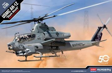 "Plastic Kits Academy (c) 1/35 U.S. Marine Corps AH-1Z ""Cobra"" Heli"