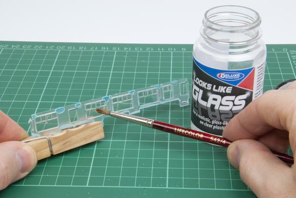 Plastic Kits DELUXE MATERIALS Looks Like Glass