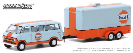 Diecast DDA 1:64 1972 Ford Club Wagon Gulf Oil w/Enclosed Car Hauler Hitch & Tow Series