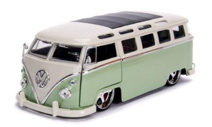 Diecast DDA 1:24 BTK 1962 VW Bus Glossy Bus Glossy Green