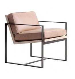 Staging Manhattan Chair