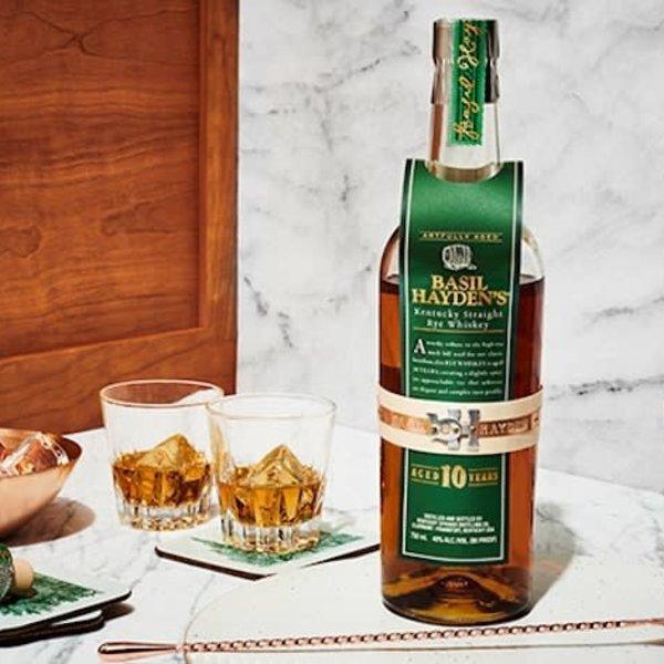 Basil Hayden's Basil Hayden kentucky Straight Rye Whiskey 10yr 750ml