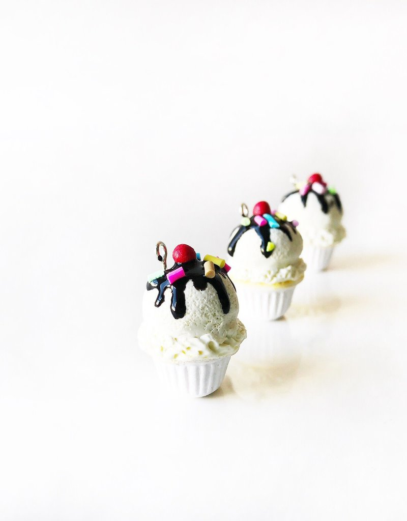 Little Bitty Delights Sundae Cupcake Progress Keeper
