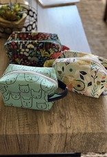 Joy In The Stitches Boxy Zipper Bag-Mint