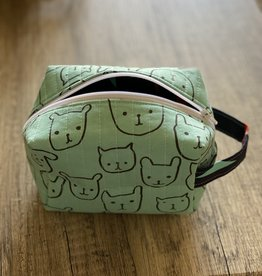 Joy In The Stitches Boxy Zipper Bag-Mint