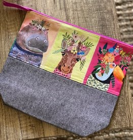 Large Zipper Bag: Wild Animals
