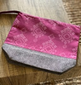 Medium Zipper Bag Pink Graphic