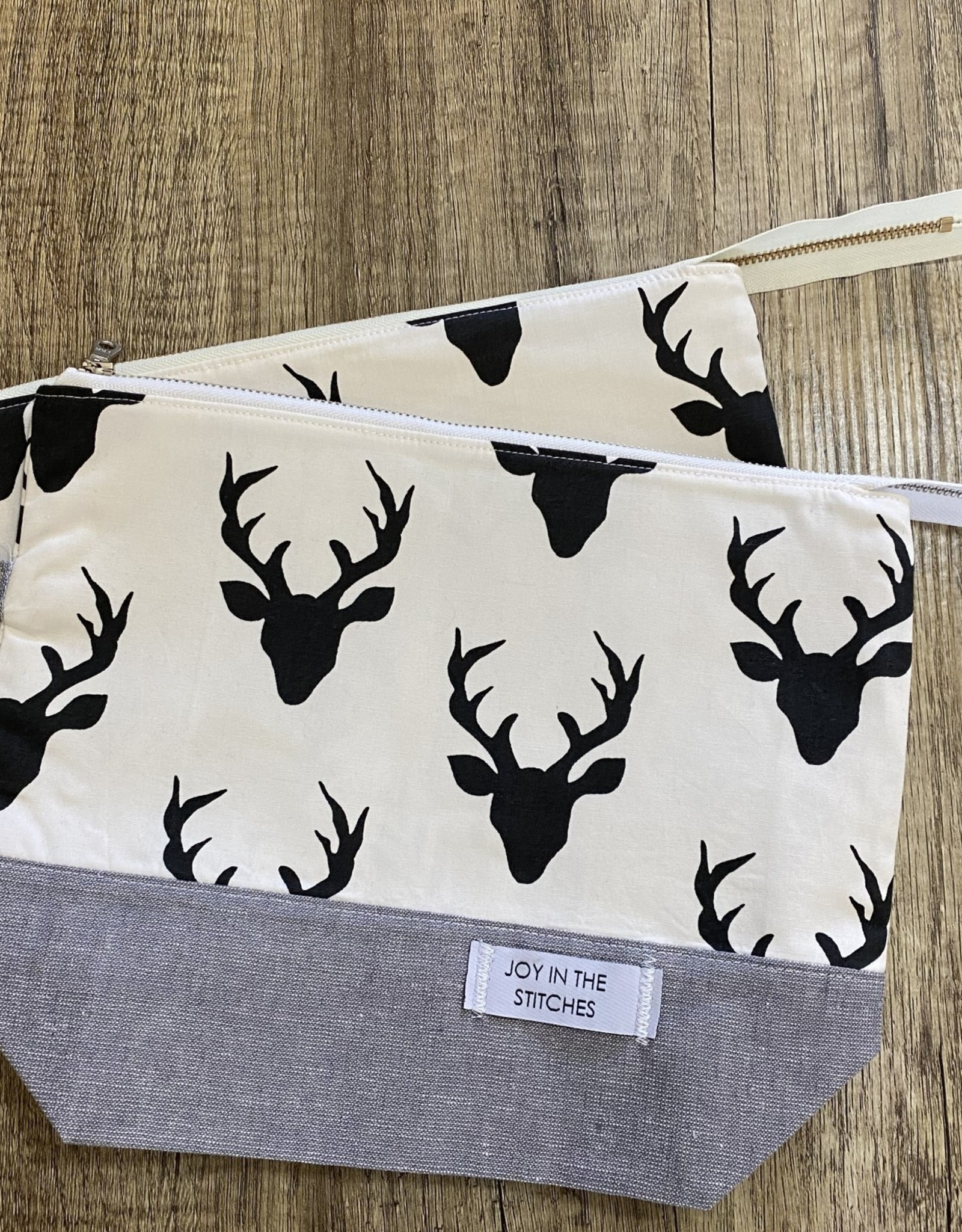 Joy In The Stitches Oh Deer! Medium Zipper Bag