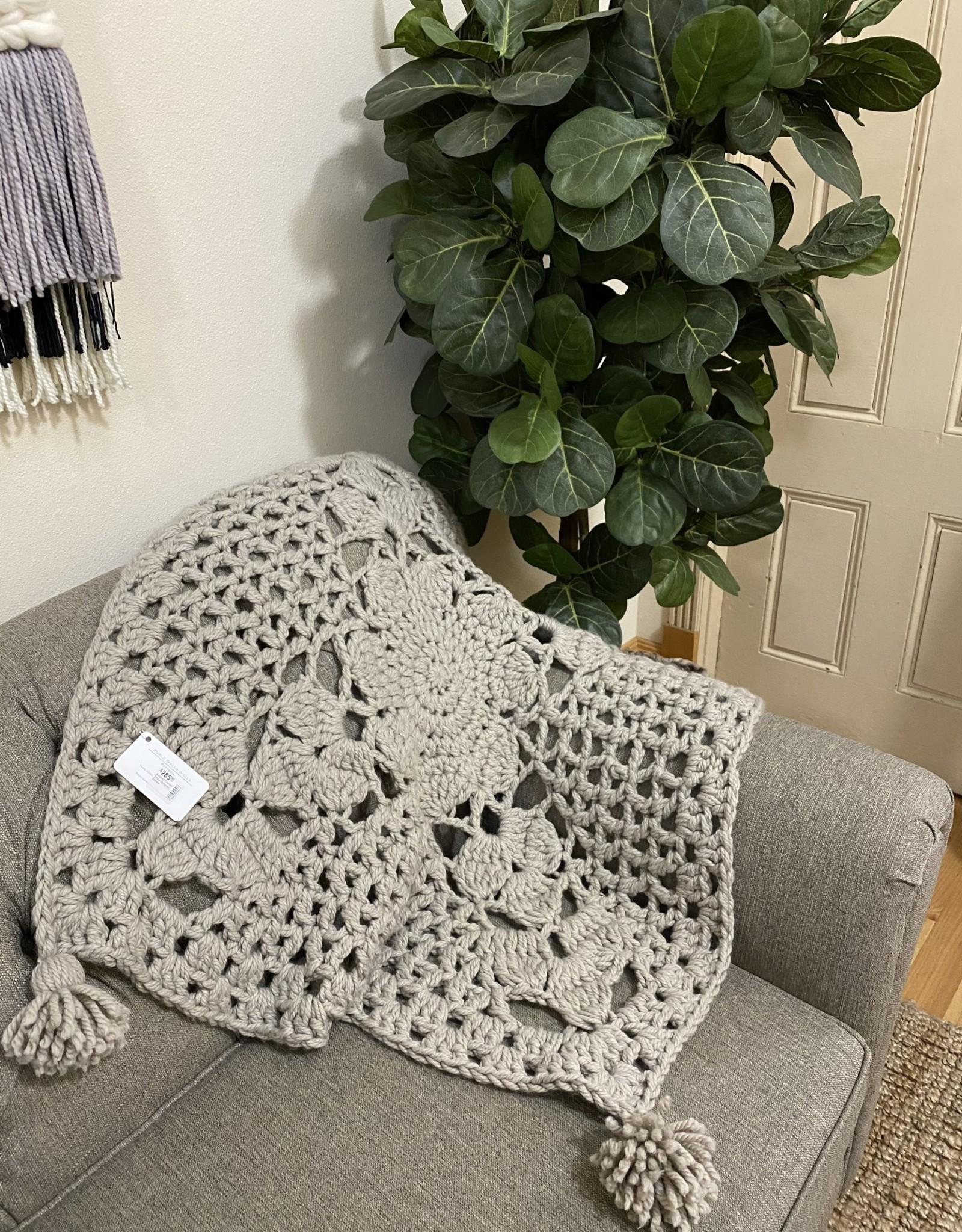 Kalurah Hudson Botanica Crochet Throw *Finished*