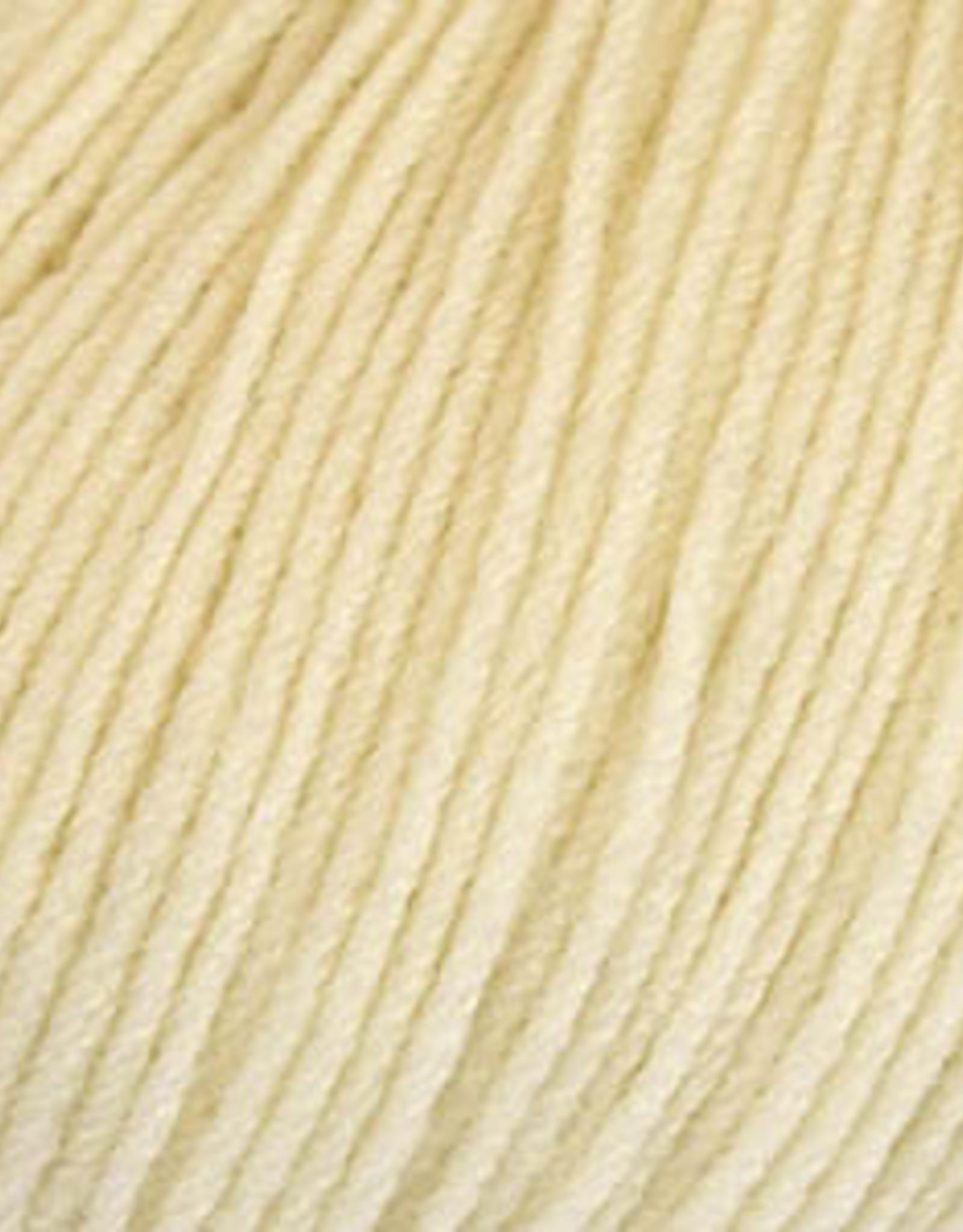 Universal Yarn Donnina 201 Vanilla