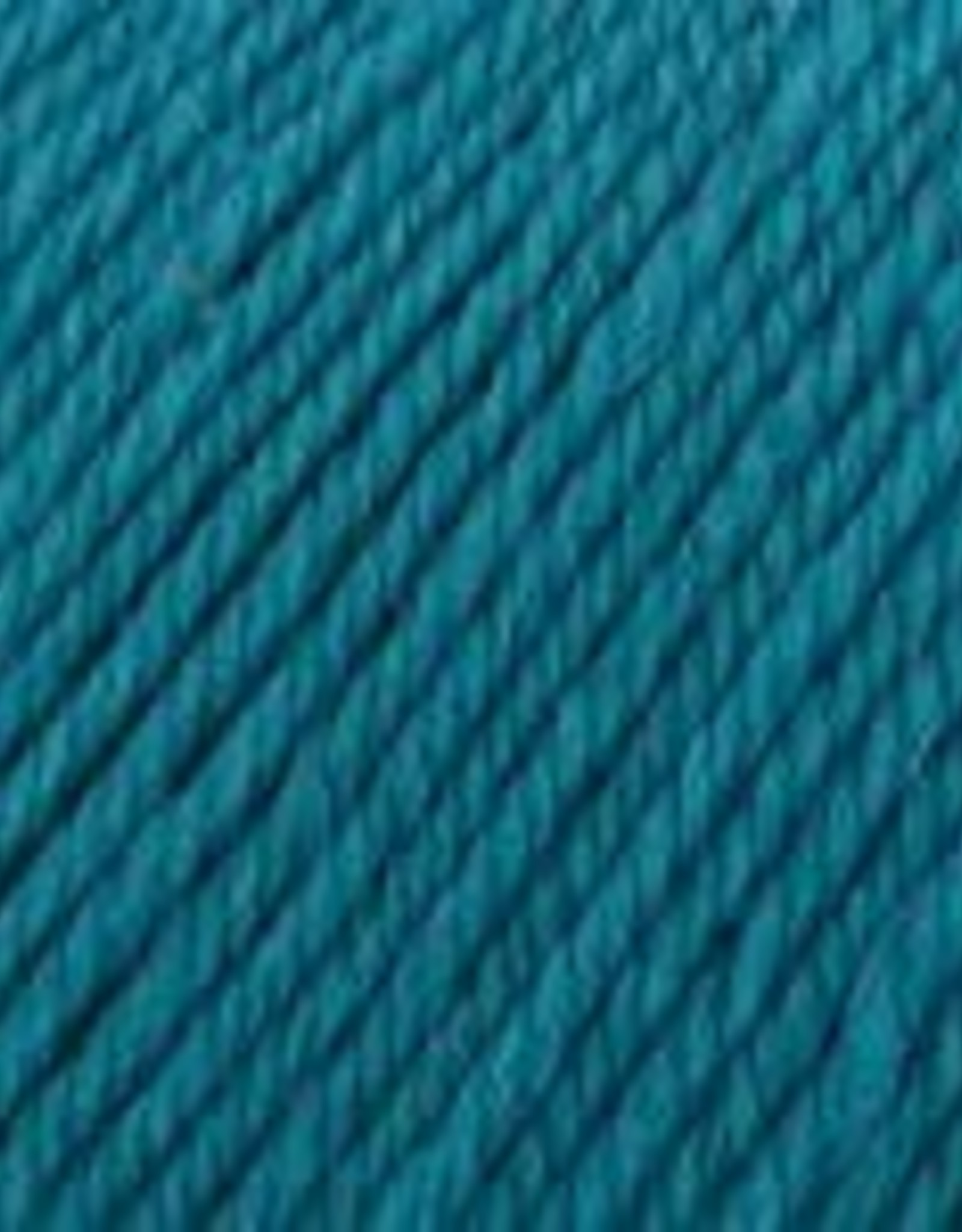 Universal Yarn Deluxe Worsted Superwash 715 Teal Viper