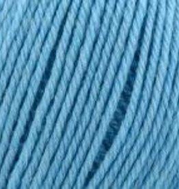 Universal Yarn Deluxe Worsted Superwash 717 Summer Sky