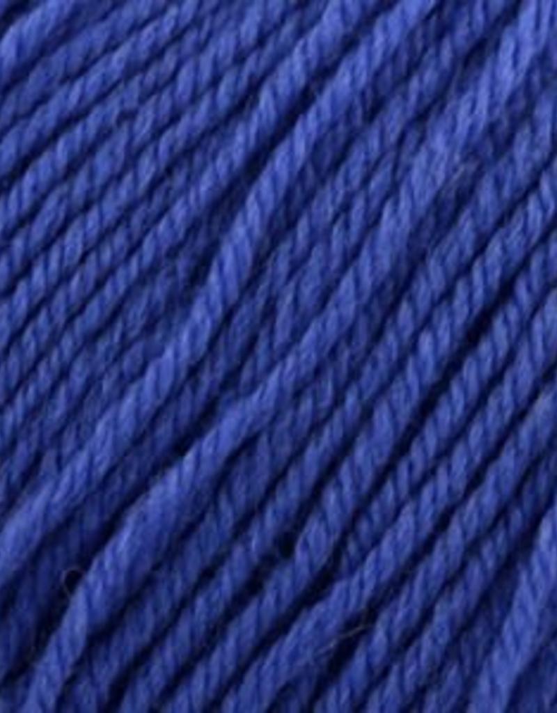 Universal Yarn Deluxe Worsted Superwash 719 Purplish Blue