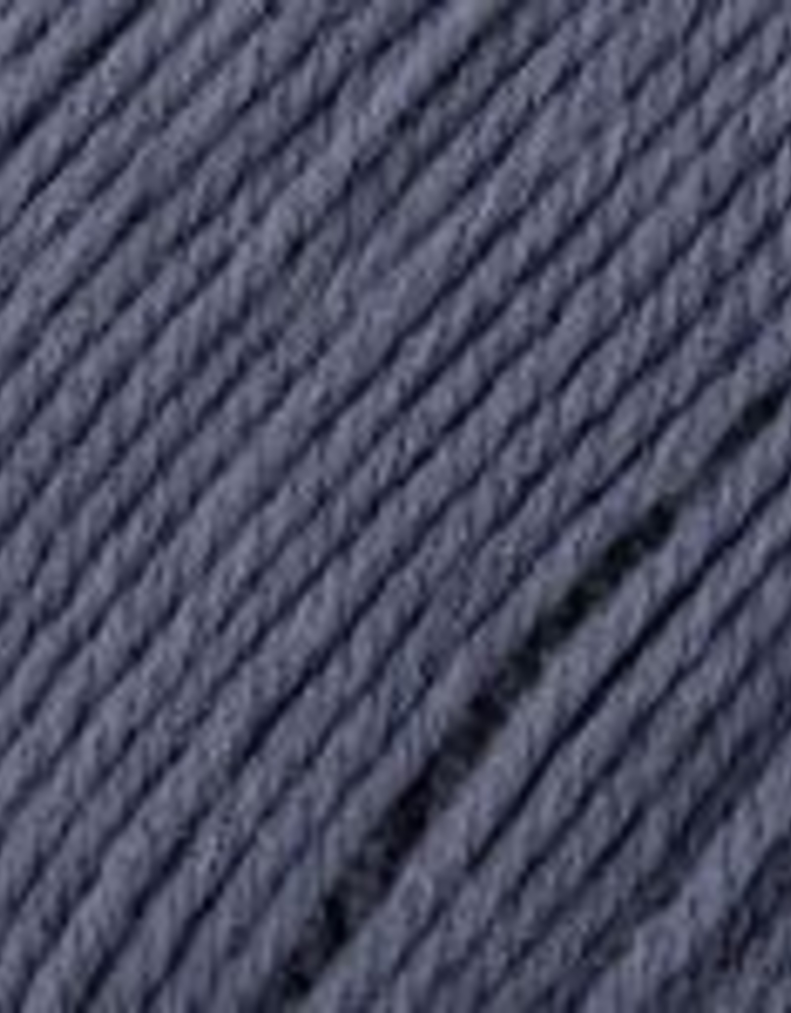 Universal Yarn Deluxe Worsted Superwash 760 Indigo