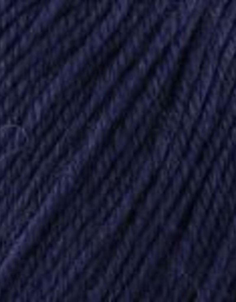 Universal Yarn Deluxe Worsted Superwash 740 Twilight