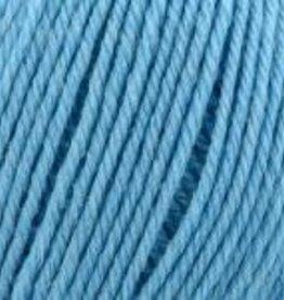 Universal Yarn Deluxe Bulky Superwash 917 summer sky