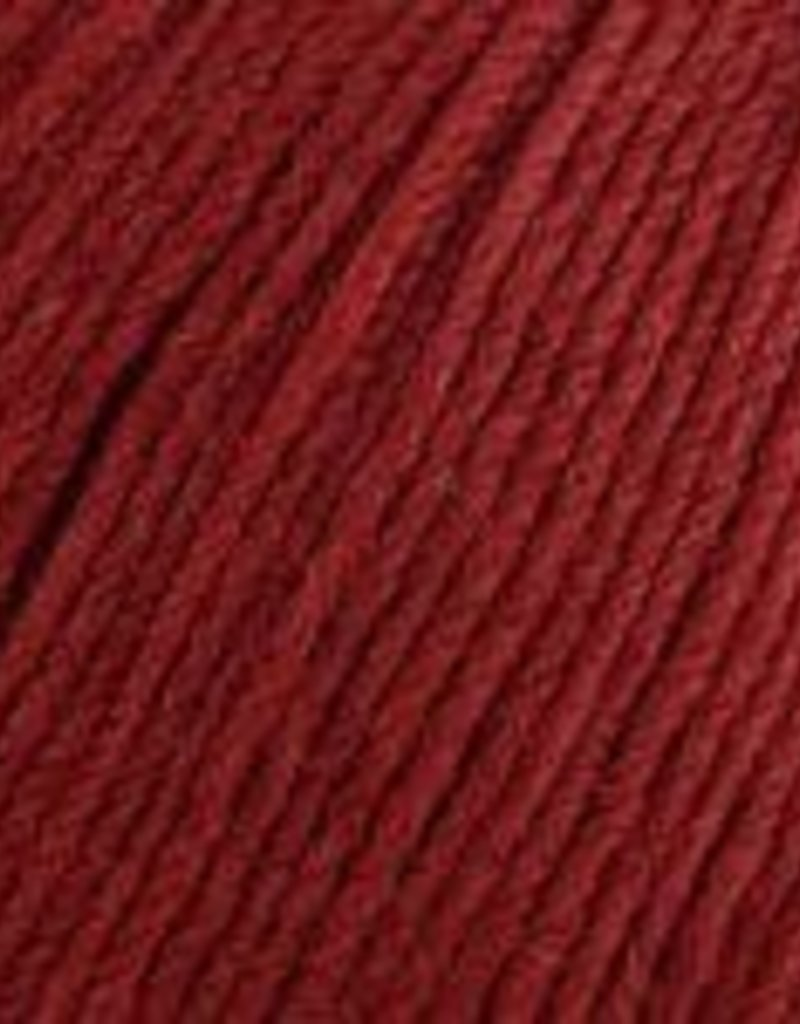 Universal Yarn Deluxe Worsted Superwash 737 Sangria