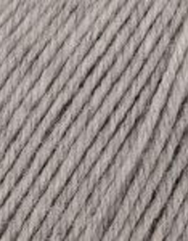 Universal Yarn Deluxe Worsted Superwash 749 Smoke Heather