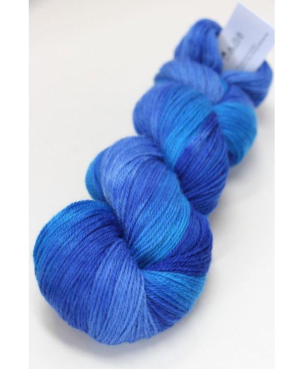 Color : 718 Bleu