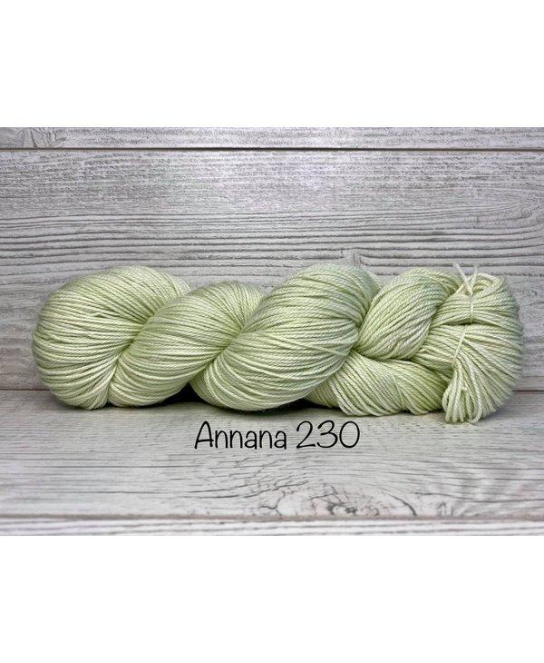 Color : 230