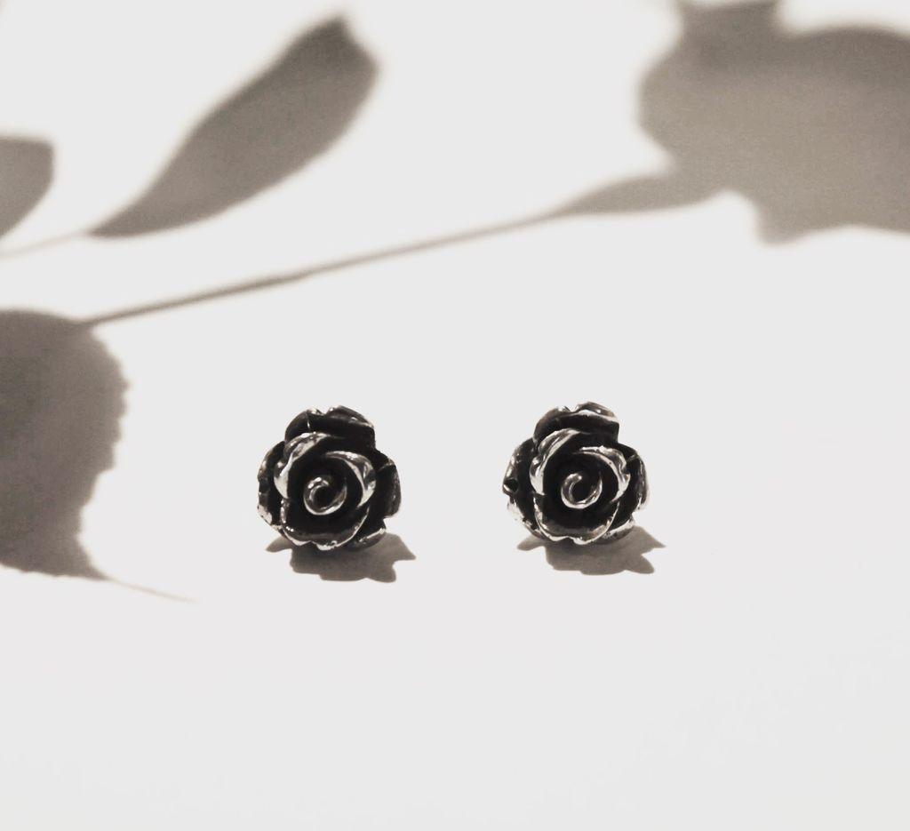 Katz & Dahl rose earrings