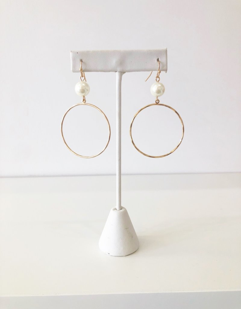 Zoe Earrings - Pearl