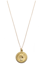 The Queen Coin Pendant Necklace - Gold Fill