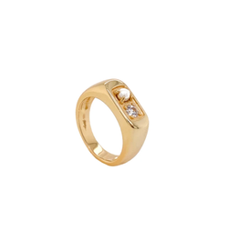 Marie Pinky Signet Ring