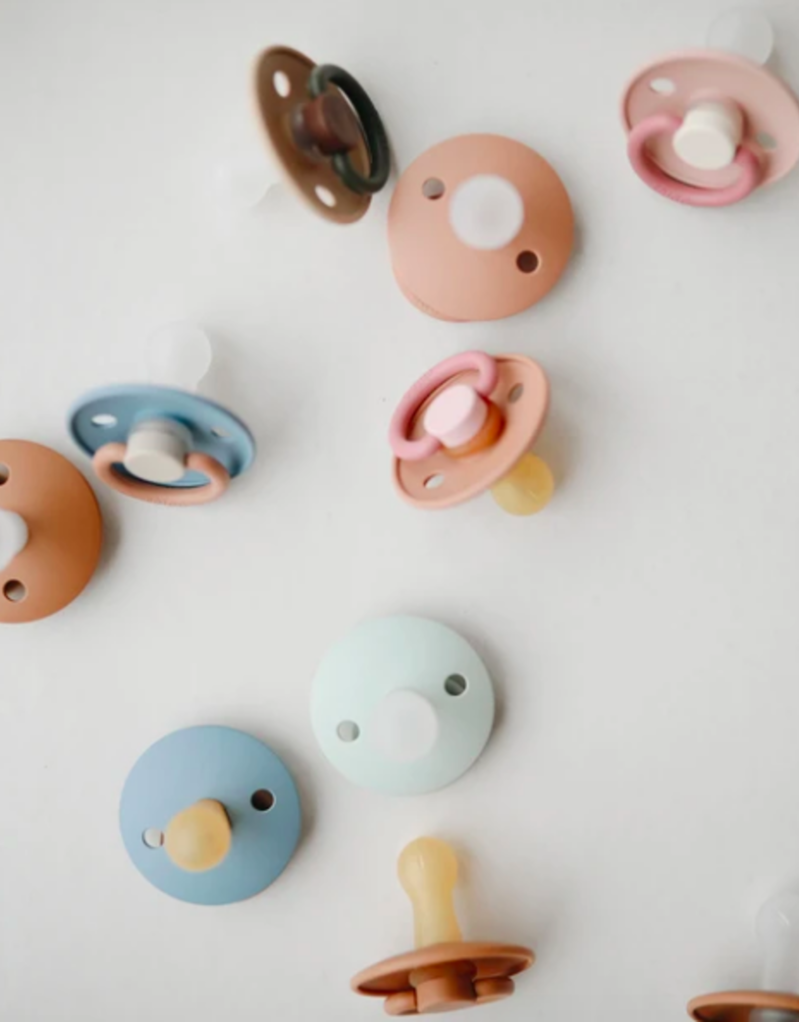 FRIGG Silicone Pacifier Safari - 0-6 Months