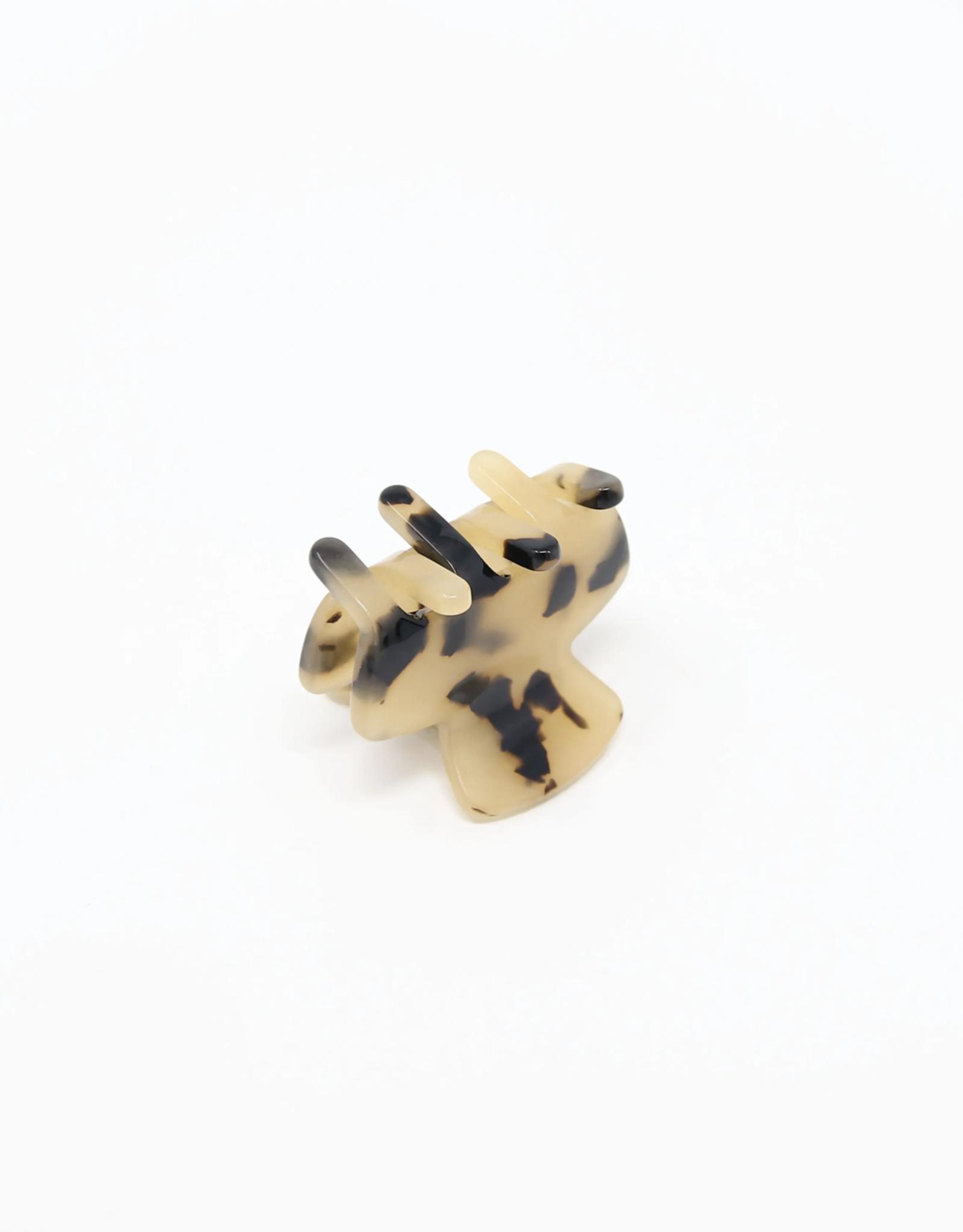 Tiny Acetate Claw