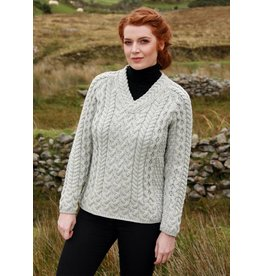 Aran Woollen Mills Fitted V-neck Ladies Aran Sweater