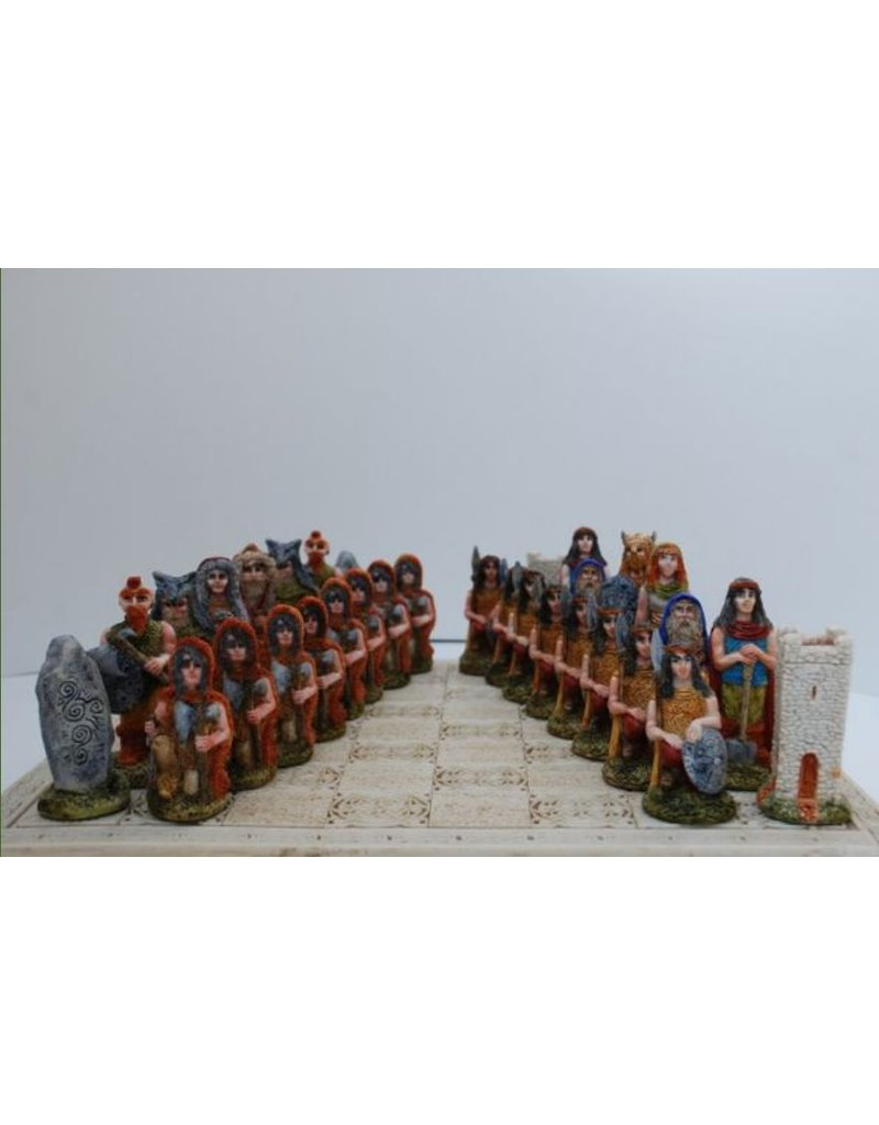 O'Gowna Celtic Legends Chess Set *Handpainted*