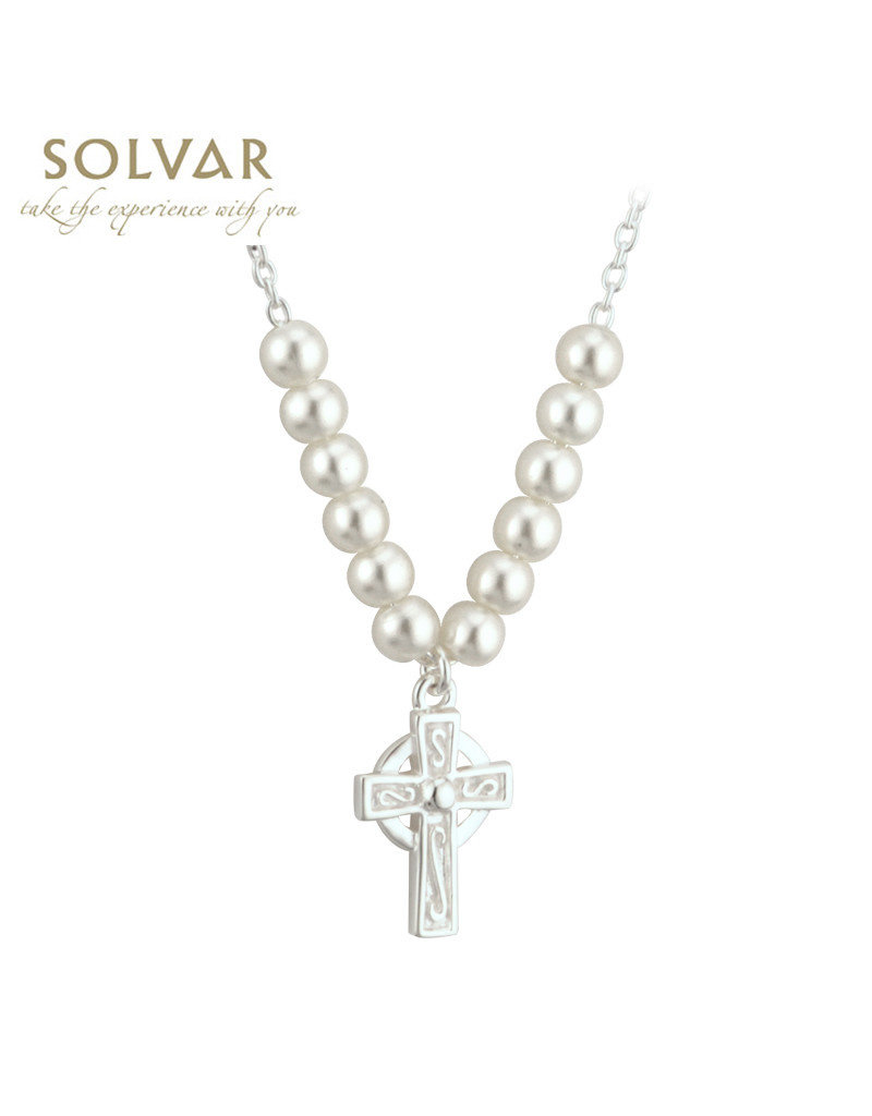 Solvar Pearl Necklace with Celtic Cross