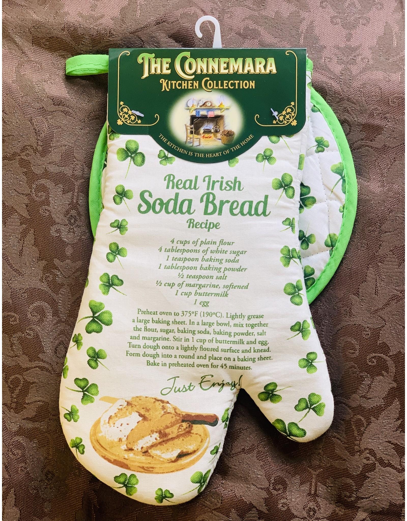 JC Walsh Pot Holder & Mitt: Irish Soda Bread