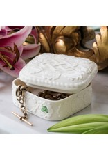 Belleek Classic Edition  Love Knot Gift Box by Belleek
