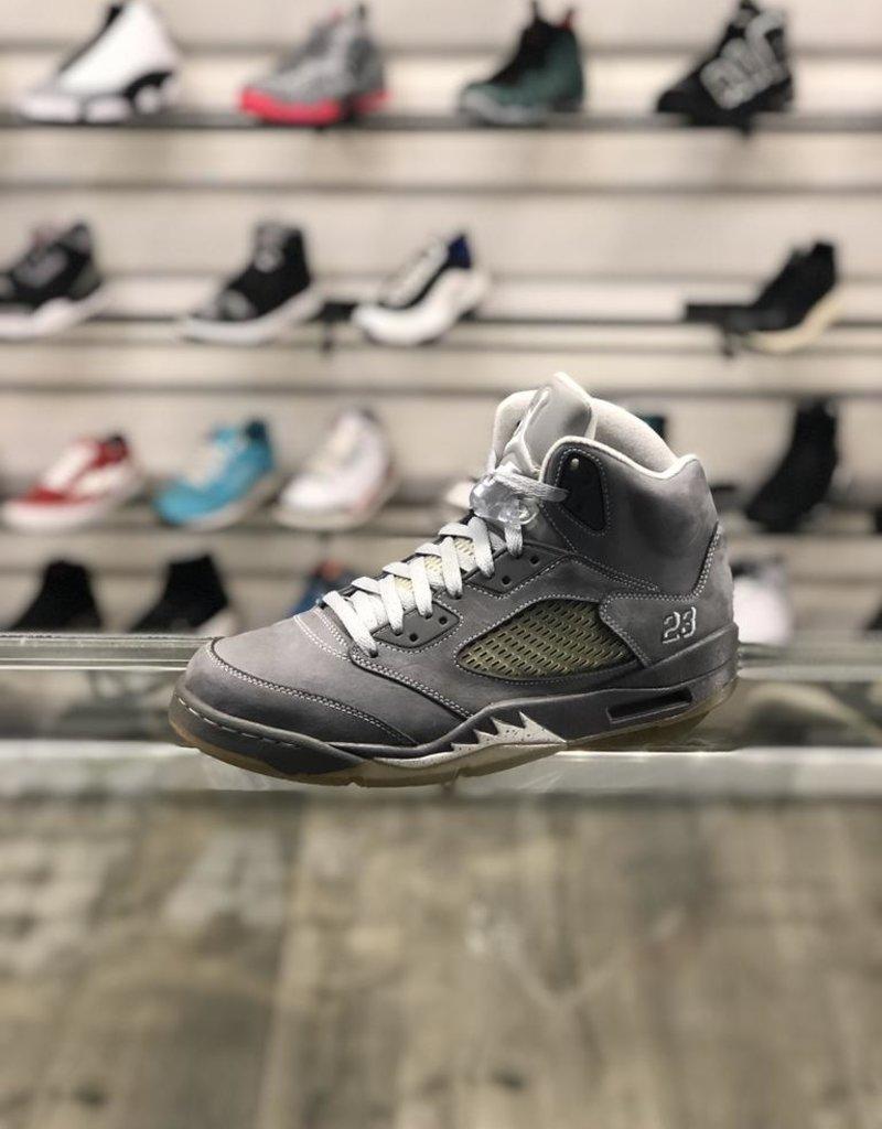 Sneakers AIR JORDAN 5 WOLF GREY (2010)