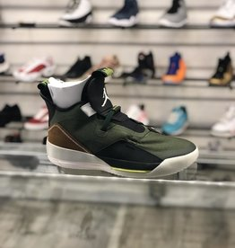 AIR JORDAN TRAVIS SCOTT 33