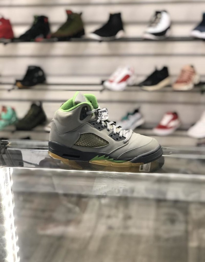 Sneakers AIR JORDAN 5 GREEN BEAN